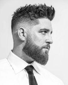 Small and short beard styles make men appearance more attractive, especially men with short hair. Here are the top 15 small and short beard styles that suit for every age. Beard Styles For Men, Hair And Beard Styles, Short Hair Styles, Hair Style Men, Medium Beard Styles, Faded Beard Styles, Messy Haircut, Beard Haircut, Mens Fade Haircut