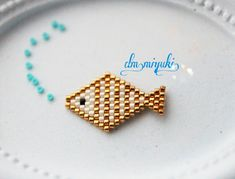Crochet Beaded Bracelets, Beaded Earrings Patterns, Beaded Jewelry Designs, Bead Jewellery, Jewelry Patterns, Beading Patterns, Weird Jewelry, Beading Projects, Bead Art