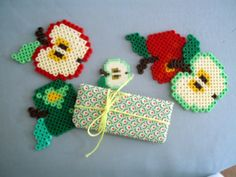 PESCNO: Hama bead apples.