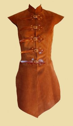 Tabbard for women made of leather by Larperlei on Etsy, €145.00