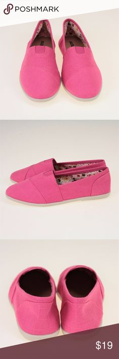 Classic Pink Floral Lined Slip On Shoes These classic Soda shoes (similar look as TOMS) are perfect for everyday casual wear. These are brand new, but were used as display shoes in our store so they no longer come in a box. These shoes are made of all man-made materials with sturdy rubber soles. Soda Shoes Flats & Loafers