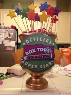 Box Tops Trophy awarded to winning class who turns in the most box tops each month. Maybe replace the star wands with tots in pops to give one to each student in the winning class. Pta School, School Fundraisers, School Stuff, School Ideas, School Events, Box Top Collection Sheets, Box Tops, Parents As Teachers, Fun Learning