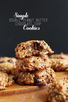 Simple Peanut Butter Chocolate Chip Cookies   #vegan #glutenfree