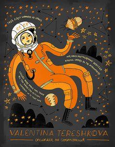 Valentina Tereshkova è stata la prima donna e primo civile mai volare nello spazio. Ha pilotato la Vostok 6, mostrati galleggianti in sua mano,