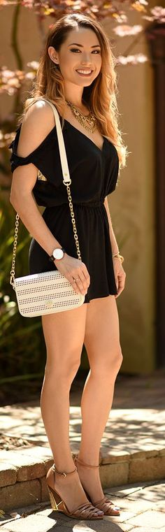 SheInside Romper / Fashion By Hapa Time. - Total Street Style Looks And Fashion Outfit Ideas Jessica Ricks, Trendy Fashion, Girl Fashion, Fashion Outfits, Fashion Trends, Modern Fashion, Gothic Fashion, Style Désinvolte Chic, Goth Style