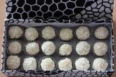 Brigadeiro gourmet, a new Xmas tradition - Celebrating with Andréa Krispie Treats, Rice Krispies, Muffin, Xmas, Traditional, Breakfast, Desserts, Food, Morning Coffee