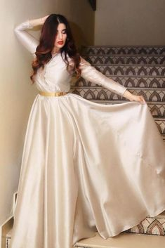 Stylish Actress Hareem Farooq Wardrobe by Pakistani Designers : we see Hareem Farooq wearing Zainab Chottani, Maria B dress, Sapphire and Sania Maskatiya outfit Beautiful Pakistani Dresses, Pakistani Formal Dresses, Pakistani Dress Design, Pakistani Designers, Dress Formal, Designer Party Wear Dresses, Kurti Designs Party Wear, Indian Designer Outfits, Stylish Dress Designs