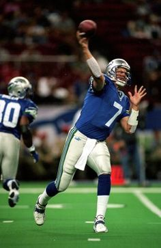 12 Sep 1999  Jon Kitna  7 of the Seattle Seahawks passes the ball during 2aa80a074