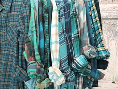 Green Flannel, Plaid Flannel, Flannel Shirts, Flannels, Fall Wedding Bridesmaids, Bridesmaid Robes, Flannel Wedding, Plaid Shirt Outfits, People Brand