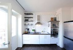 Awesome White Kitchen Design For Small Apartment Inspiration Design Ideas
