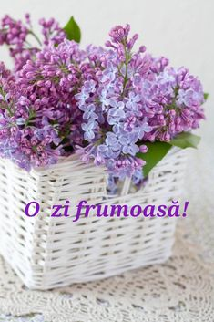 Happy Weekend, Happy Saturday, Lavender Cottage, Lilac Flowers, Flowers Pics, Rose Pictures, Good Morning, Basket, Green