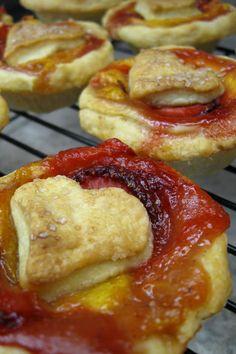 strawberry peach love tarts  from www.bakedinnovascotia.com