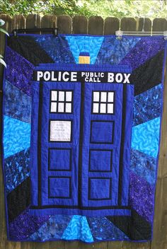 Dr Who Tardis quilt