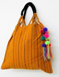 Un favorito personal de mi tienda Etsy https://www.etsy.com/mx/listing/250229987/mexican-handwoven-waist-loom-bag-made-in #handwoven #handmade #loom #mexican @chiapasbyjubel