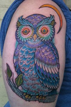 really am starting to dig the owls... def going to incorporate one into my sugar skull tat