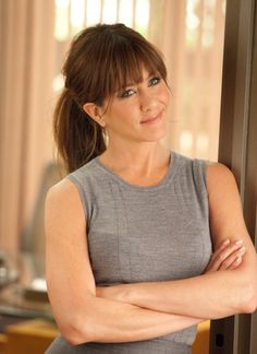 "Jennifer Aniston on Being ""More Comfortable in My Body and My Skin"" Than Ever! - Jennifer Aniston on Being ""More Comfortable in My Body and My Skin"" Than Ever! Jennifer Aniston on Body Confidence in Horrible Bosses Interview Jennifer Aniston Haar, Jennifer Aniston Horrible Bosses, Celebrity Bangs, Celebrity Hairstyles, Swoop Bangs, Cut Bangs, Oval Face Bangs, Fringe Bangs, Medium Hair Styles"