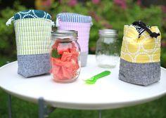 Insulated Mason Jar Bag–free tutorial (via Bloglovin.com )