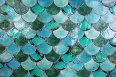 What every fancy bathroom needs. mermaid tiles in teal and turquoise.