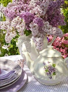 ~Lovely Lilac Cottage~