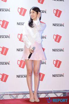Airport Fashion of Bae Suzy - Dress Miss A Suzy, Airport Style, Airport Fashion, Bae Suzy, Event Dresses, Korean Model, Korean Beauty, Kpop Girls, Pink Dress