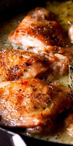 Chicken Skillet Recipes, Turkey Recipes, Meat Recipes, Cooking Recipes, Healthy Recipes, Gourmet Chicken, Freezer Recipes, Roasted Chicken Thighs, Herb Roasted Chicken