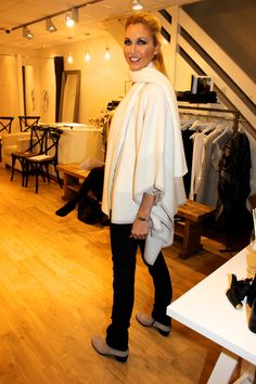 Cocaranti | Duffy | Cashmere Tunic | Duffy | Wool and Cashmere Cape | Paige | Skyline Mid Rise Straight Leg