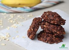 Here is a healthier cookie recipe to try this weekend!  Chunky Monkey Cookies INGREDIENTS: 3 ripe bananas 2 cups oats 1/4 cup nut or seed butter 1/4 cup unsweetened cocoa powder  1/3 cup unsweetened apple sauce  1 teaspoon vanilla extract 1/3 cup of sliced almonds or chopped walnuts (optional)  METHOD: 1. Preheat oven to 350 degrees. Mash bananas in a large bowl, then stir in remaining ingredients. Let batter stand for approximately 15-20 minutes 2. Line a baking sheet with parchment paper…