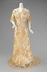 Irish crochet lace wedding dress 1870s The Metropolitan Museum of Art
