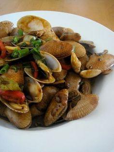 Kam Heong Lala (Spicy Kam Heong Clams Stir Fry)