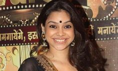 Sumona Chakravarti quitting 'The Kapil Sharma Show' Kapil Sharma, Shocking News, Hollywood Gossip, Funny Jokes, Bollywood, Entertaining, Image, Fans, Husky Jokes