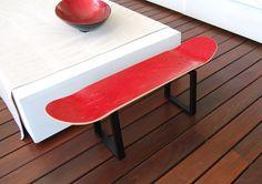 Skateboard stool gefertigt aus massivem Stahl und stark. Montage erforderlich.