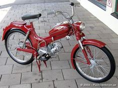 Puch MS 50 L - 1956 Triumph Motorcycles, Antique Motorcycles, Cars And Motorcycles, Motor Scooters, Vespa Scooters, Classic Bikes, Classic Cars, Puch Moped, Ducati
