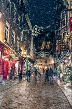 taken in old quebec City Winter Wallpaper, Scenery Wallpaper, Nature Wallpaper, Old Quebec, Quebec City, Andalucia, Live Wallpapers, Winter Scenes, Landscape Photography