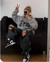 Swaggy Outfits, Tomboy Outfits, Tomboy Fashion, Teen Fashion Outfits, Retro Outfits, Cute Casual Outfits, Summer Outfits, Skater Girl Outfits, Tomboy Style