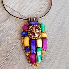 Beaded Necklace, Jewelry, Fashion, Beaded Collar, Moda, Jewlery, Pearl Necklace, Jewerly, Fashion Styles