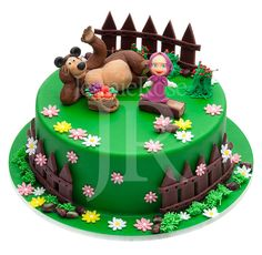Masha and the bear cake. Baby Cakes, Sweet Cakes, Cute Cakes, Bolo Fondant, Fondant Cakes, Cupcake Cakes, Masha Et Mishka, Masha Cake, Bithday Cake