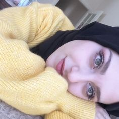 You can know that tomorrow will be neither better nor worse, better be smiling today without waiting for tomorrow. Hijab Gown, Hijab Outfit, Cute Girl Face, Cute Girl Photo, Hijabi Girl, Girl Hijab, Beautiful Muslim Women, Beautiful Hijab, Arab Girls