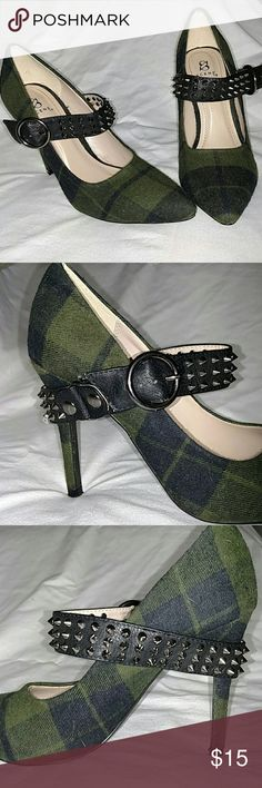 Plaid and Spike  Shoes Green and Black Tartan Plaid Heels with Spikes Scene Shoes Heels