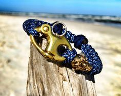 The Nautical SKULL Classic with a Brass Snap by ParacordLinks