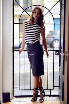    Rita and Phill specializes in custom skirts. Follow Rita and Phill for more leather skirt images. https://www.pinterest.com/ritaandphill/leather-skirts