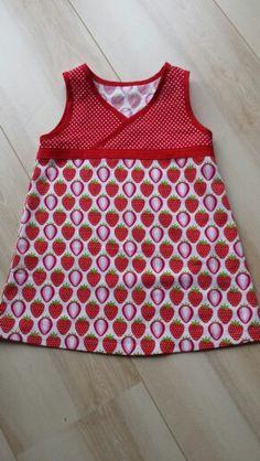 Sommerkleidchen im Erdbeerlook... Schnitt: Lieblingskleidchen