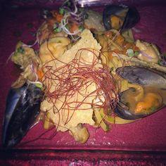 Seafood taglioni! #AndronisExclusive #Santorini #Gastronomy Photo credits: @drjennpsyd