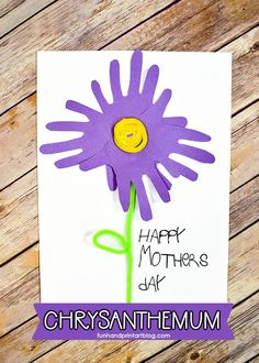 Traced Hand Chrysanthemum Paper Craft for Mother's Day #kidscrafts #papercraft #funhandprintartblog #HandprintHolidays #handprintcraft #mothersday #mothersdaycraft #chrysanthemum #flowers