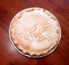 This is a pie crust design my mom used to make. She was very artsy! Photo by Tom Hanna