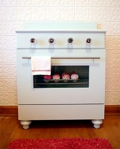 DIY nightstand to look like an oven for a little girl room - How cool is that?