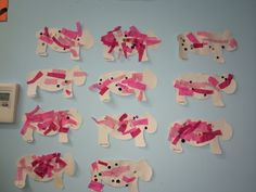 Use tissue paper to decorate a animals