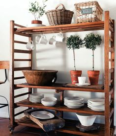 Tyylikäs koti - A Stylish Home  Antique Shops & Designers                              Kuvat: Jack Thompson       Pieni koti Hollywoodissa ...