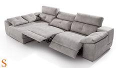Sofá 3 plazas 298 cm. mecanismo relax eléctrico, chaiselongue con arcón y deslizante y un brazo arcón con pouff.