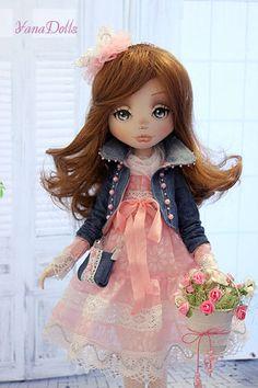 Inspiration dress for doll Bjd Doll, Doll Toys, Sewing Dolls, Soft Dolls, Doll Crafts, Cute Dolls, Fabric Dolls, Doll Face, Doll Accessories