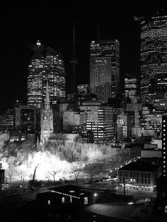 Toronto as it would look in the first scene of a film noir. Toronto Canada, Canada Travel, Landscape Photos, Empire State Building, Ontario, Street Photography, Skyscraper, Beautiful Pictures, True North